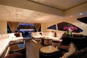 yacht-charter-french-riviera-mangusta-130-afican-cat-noleggio-yacht-sardegna2